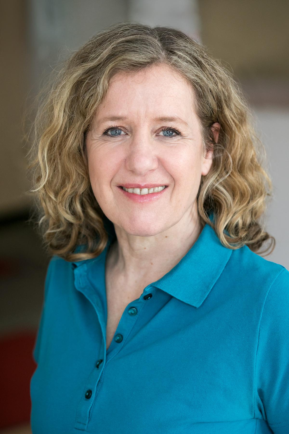 Dr. Anke Mueller-Eckhardt