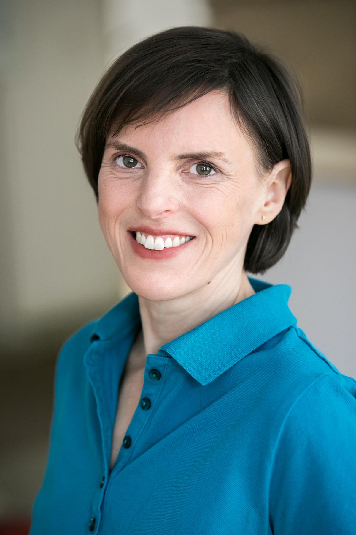 Dr. Jasmin Kehr